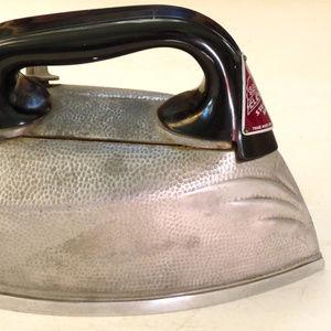 SteemElectric vintage art deco aluminum steam iron